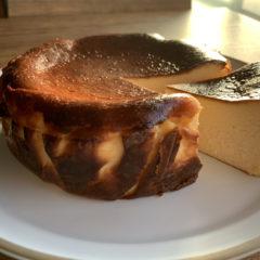 アムカフェチーズケーキアムバスク